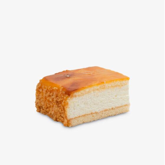 Tarta de nata y yema sin gluten
