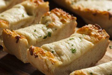Pan de ajo y queso gratinado sin gluten